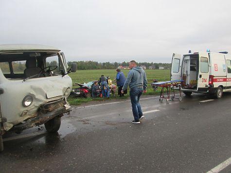 ВДТП вВысокогорском районе пассажира одного изавтомобилей зажало вкабине