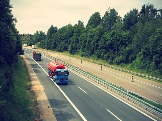 Движение большегрузов по дорогам Татарстана ограничат на месяц