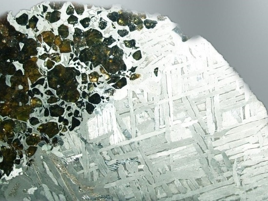 ВДень космонавтики казанцев приглашают потрогать метеориты