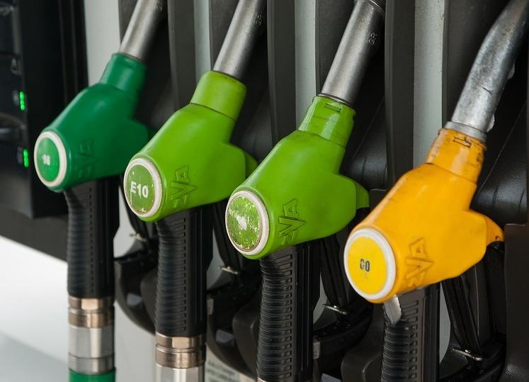 ВТатарстане настанции скорой помощи похитили 3 тонны топлива