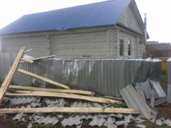 Ураганный ветер прошелся поЧеремшанскому району
