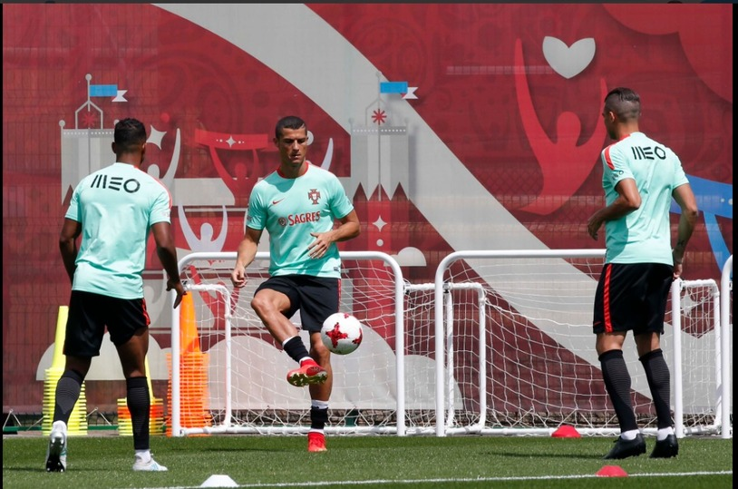 Роналду попросил агента ускорить трансфер в«Манчестер Юнайтед»