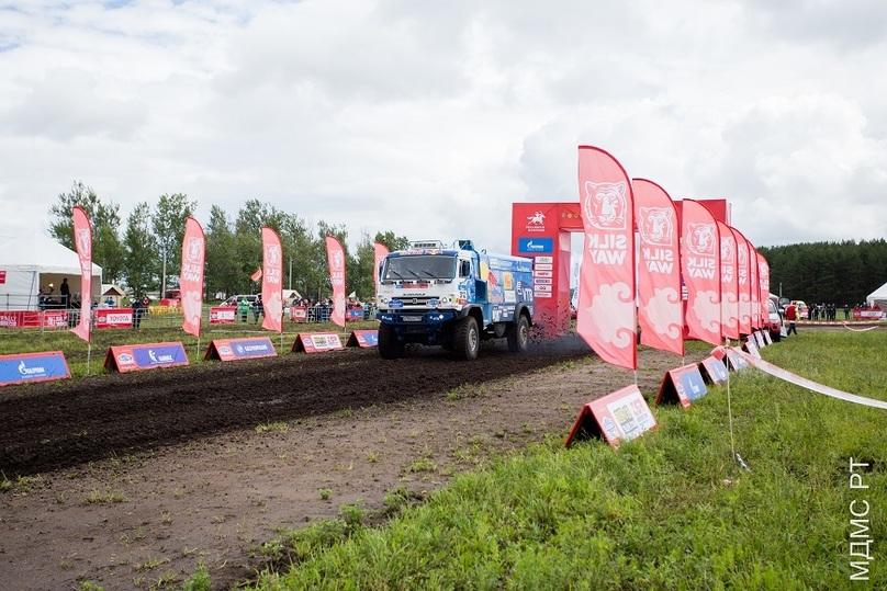 «КамАЗ» Николаева одержал победу  очередной этап «Шелкового пути»