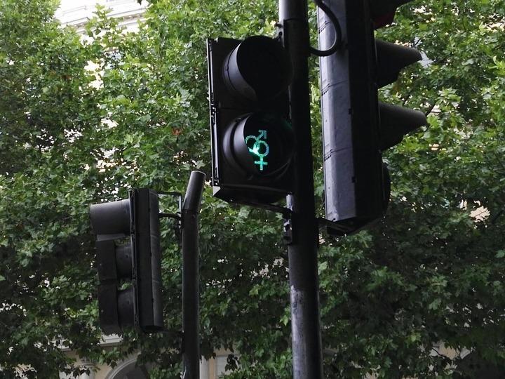 50 табло вызова пешехода закупят вКазани практически за1 млн руб.