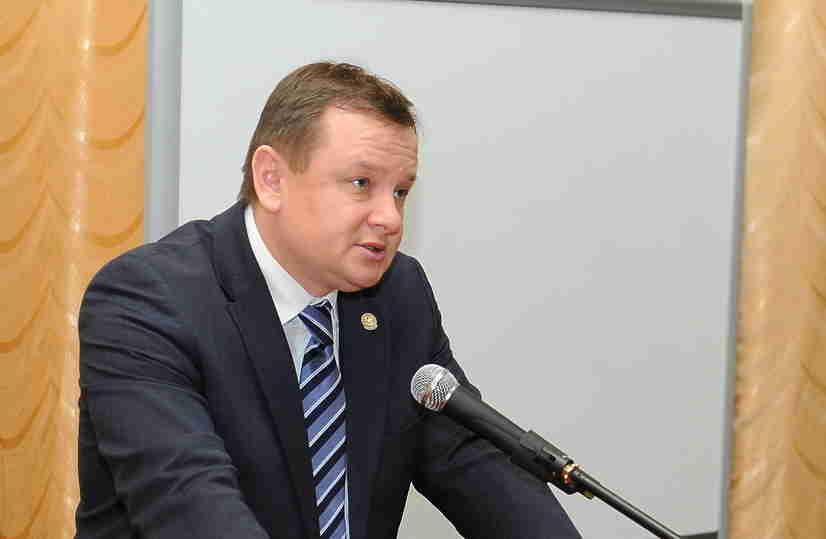 ВТатарстане говорят оботставке министра здравоохранения после смерти его заместителя