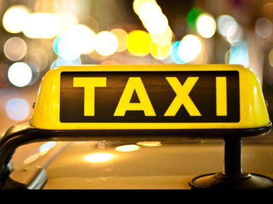 Таксисты Казани провели забастовку-